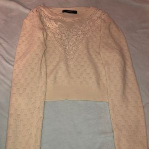 Small eggshell crop top knit sweater with lace